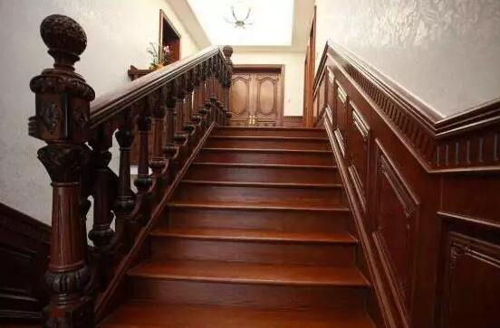 青岛崂山区香山路实木楼梯制造厂